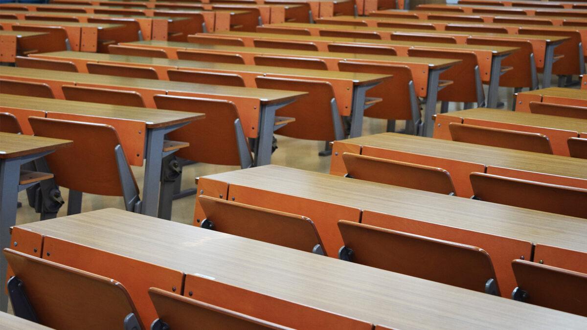 筆記試験当日の試験会場での過ごし方